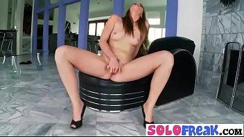 Freak Solo Girl (shae snow) Masturbates Using Sex Stuffs mov-24