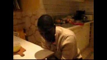51 ans soumise pour 2 blacks