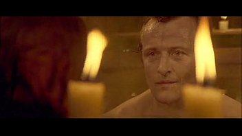 jennifer jason leigh - skin amp_ blood steaming-bathtub frontal