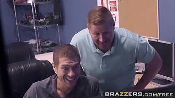 Brazzers - Pornstars Like it Big - Sunny With A Chance of Big Dick scene starring Juelz Ventura and