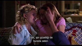 Boys and Girls - Lesbian Kissing Scene
