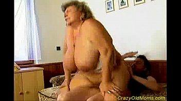 insatiable elderly mommy gets large fuckpole