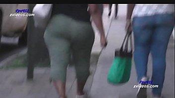 Thick Chunky Haitian MILF BOOTY