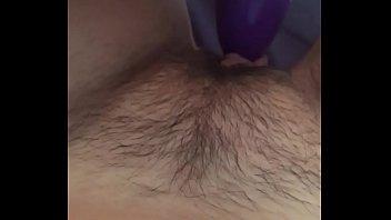 Quick rub with vibrator, wet masturbation