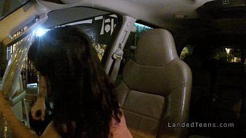 Thankful teen fucks huge dick in car