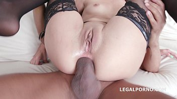 four on1 interracial with roxy dee - airtight.