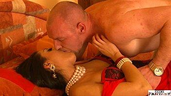 Aaj Phir Tumpe XXX - Bollywood Porn