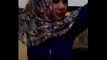 viral-abg-jilbab-imut-cantik-sebar-vid-bugil-xtubecinema