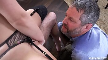 zoey monroe attempts couples therapy but she wants.