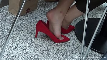 candid shoeplay hostess fair 00173