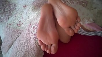 cum on sexy feet my gf