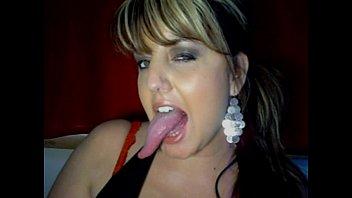 Very Sexy Long Tongue