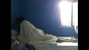 Claudia vazquez y el novio de su hermana en su cuarto